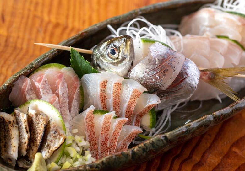 伊豆の味覚をたっぷりと食べる